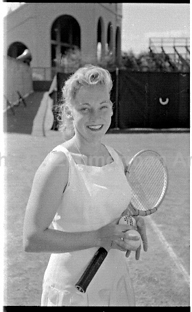Darlene Hard, U.S. Women's Nationals, West Side Tennis Club, Forest Hills, NY. 1956 Photo by John G. Zimmerman.
