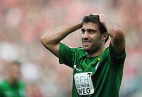 FUSSBALL   1. BUNDESLIGA   SAISON 2012/2013   3. SPIELTAG Hannover 96 - SV Werder Bremen     15.09.2012 Sokratis Papastathopoulos (SV Werder Bremen) ist enttaeuscht nach seinem aberkannten Tor enttaeuscht