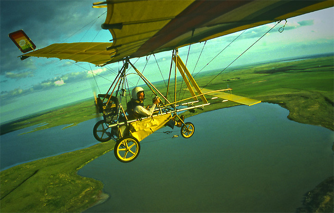 Charles O'Rear flies ultralight in North Dakota