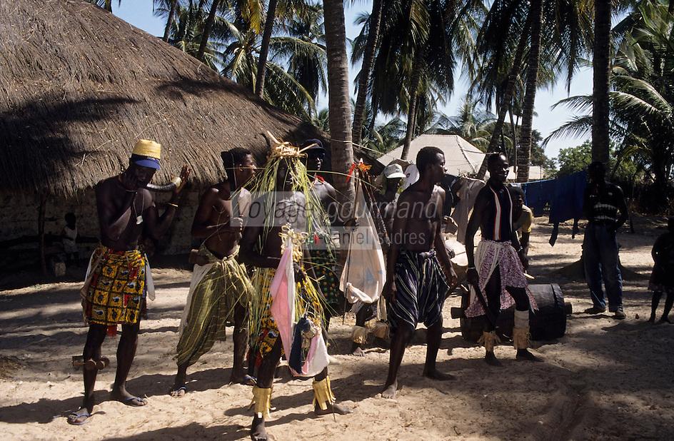 Afrique/Afrique de l'Ouest/Sénégal/Basse-Casamance/Kachouane : Danses traditionnelles Diola