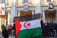 Roma 2 Marzo 2012.Esposta in Campidoglio la foto di Rossella Urru,la cooperante di 29 anni rapita da oltre quattro mesi in un campo profughi saharawi a Tindouf  nel sud dell'Algeria in un campo profughi Saharawi, assieme ad altri due volontari spagnoli. per mano di  terroristi..La bandiera saharawi per Rossella