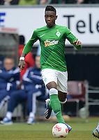 FUSSBALL   1. BUNDESLIGA   SAISON 2012/2013    28. SPIELTAG SV Werder Bremen - FC Schalke 04                          06.04.2013 Eljero Elia (SV Werder Bremen) Einzelaktion am Ball
