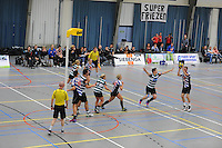 KORFBAL: HEERENVEEN: 15-11-2014, KV Heerenveen 1 - KVZ 1, Noël van der Honing (#8), ©foto Martin de Jong