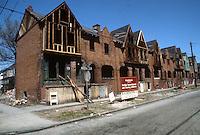 1986 March ..Conservation.Central Brambleton...801-821 MARSHALL AVENUE.CONSTRUCTION PROGRESS...NEG#.NRHA#..