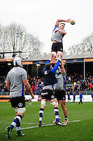 Tom Ellis of Bath Rugby wins the ball at a lineout during the pre-match warm-up. Aviva Premiership match, between Bath Rugby and Saracens on December 3, 2016 at the Recreation Ground in Bath, England. Photo by: Patrick Khachfe / Onside Images