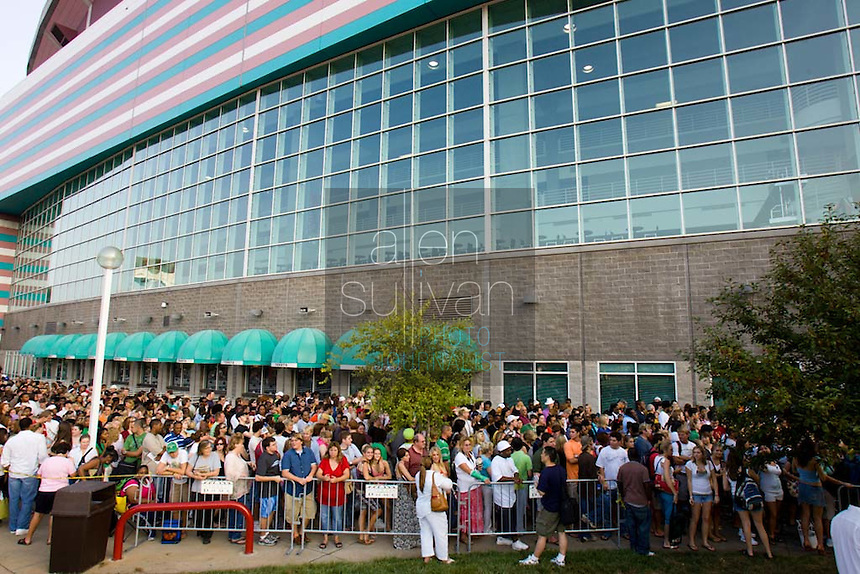 "People line up at the Georgia Dome in Atlanta during registration to audition for the hit television show ""American Idol."" Tryouts will be held on Tuesday at the Dome."