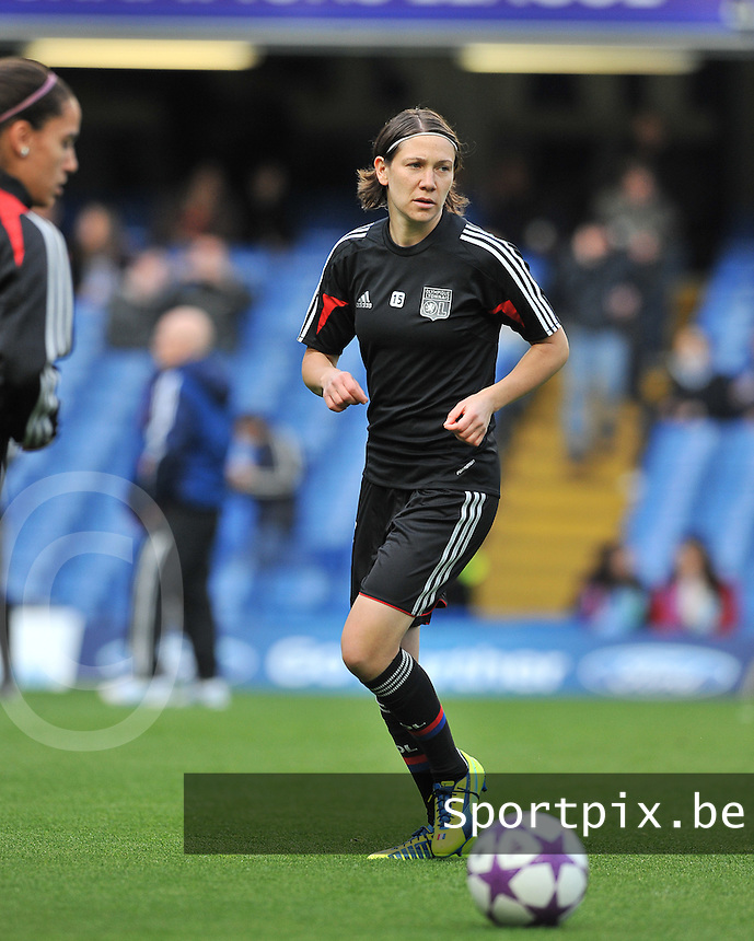 Wolfsburg - Olympique Lyonnais : Elise Bussaglia<br /> foto David Catry / Nikonpro.be