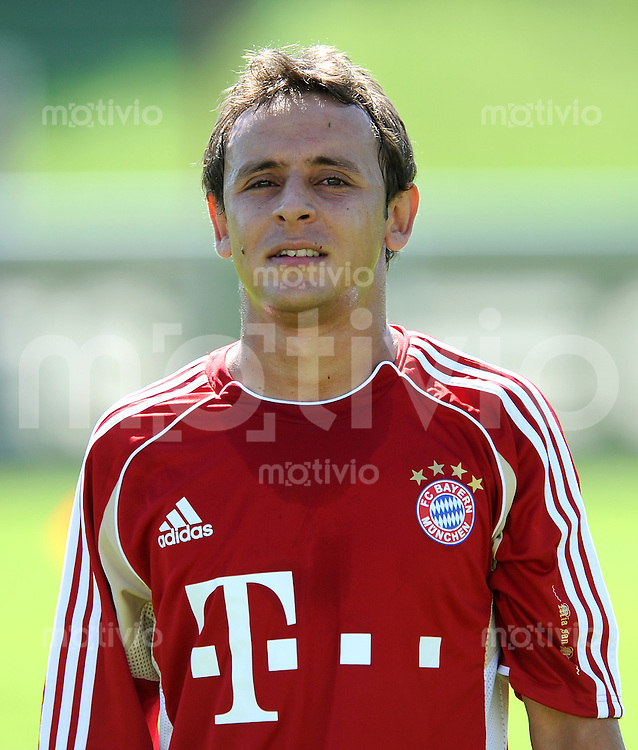 Fussball 1. Bundesliga:  Saison   2011/2012     Trainingsauftakt beim FC Bayern Muenchen 27.06.2011 Rafinha (FC Bayern Muenchen)