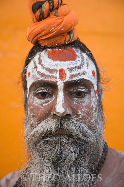"Indian holy man, ""Sadhu"" in Varanasi;  Varanasi has been a cultural and religious center in northern India for several thousand years, Varanasi, Uttar Pradesh, India --- Model Released"