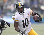 Pittsburgh Steelers wide receiver Martavis Bryant runs for a second quarter touchdown against the Seattle Seahawks at CenturyLink Field in Seattle, Washington on November 29, 2015.  The Seahawks beat the Steelers 39-30.      ©2015. Jim Bryant Photo. All Rights Reserved.