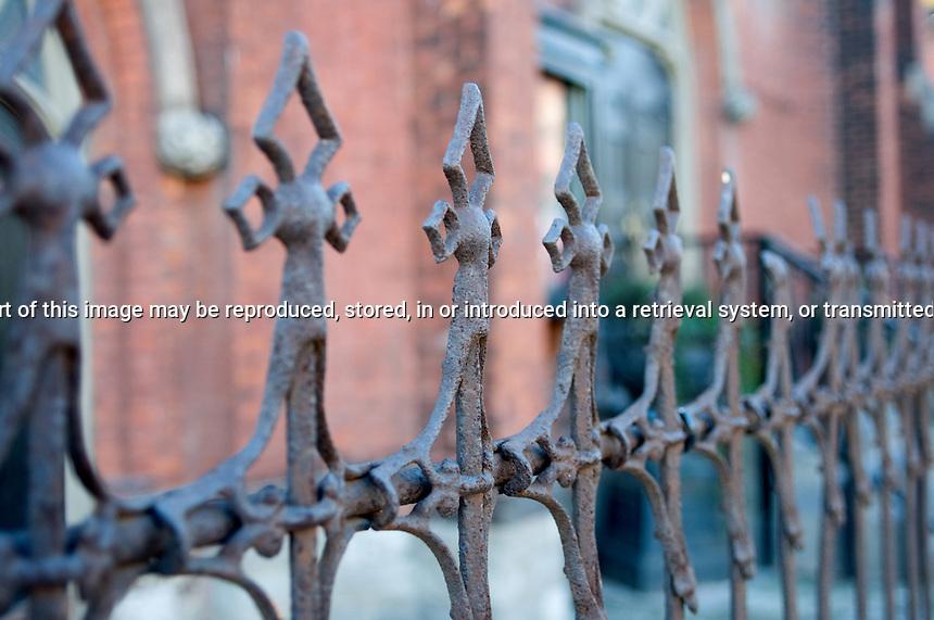 wallpaper iron fence - photo #48