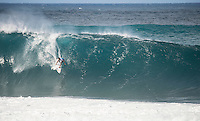 Pipeline,  OAHU - HAWAII, USA: (Wednesday, December 16, 2015): Adriano de Souza (BRA).  The Billabong Pipe Masters in Memory of Andy Irons was  called back ON this morning with Round 3 commencing at 8am in solid eight-to-ten foot (2.5 - 3 metre) waves at the Banzai Pipeline. <br />  <br /> The final stop of the Men&rsquo;s Championship Tour and Vans Triple Crown of Surfing (a WSL Specialty Series), the Billabong Pipe Masters will decide the 2015 World Champion, the 2016 elite tour class and the Vans Triple Crown of Surfing Champion by the end of the event.<br />  Photo: joliphotos.com