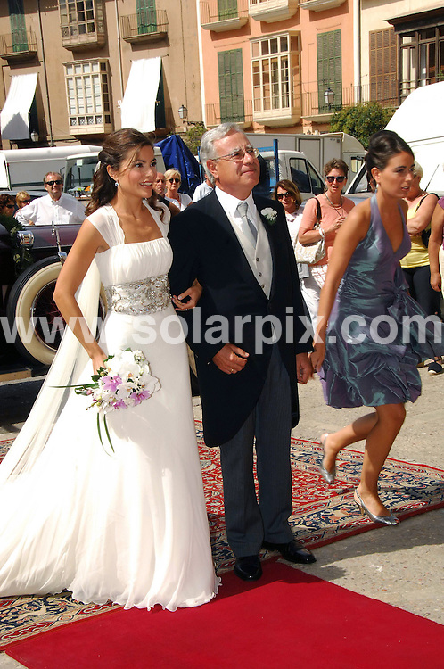 **ALL ROUND EXCLUSIVE PICTURES FROM SOLARPIX.COM**.**WORLDWIDE SYNDICATION RIGHTS EXCLUDING -SPAIN,PORTUGAL,FRANCE,GERMANY,ITALY,DENMARK,NORWAY,FINLAND,BELGIUM.Swiss Tennis champ Roger Federer & girlriiend ex tennis star Mirka Vavrinec attend his trainer Pierre Paggini wedding to Pavel Kovac in Mallorca Spain...This pic:Roger Federer & girlfriend Mirka Vavirnec.JOB REF: 7320         MAD/ROJ       DATE: 13.09.08.**MUST CREDIT SOLARPIX.COM OR DOUBLE FEE WILL BE CHARGED* *UNDER NO CIRCUMSTANCES IS THIS IMAGE TO BE REPRODUCED FOR ANY ONLINE EDITION WITHOUT PRIOR PERMISSION*
