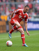 Fussball 1. Bundesliga   Saison  2012/2013   34. Spieltag   FC Bayern Muenchen  - FC Augsburg     10.05.2013 Franck Ribery (FC Bayern Muenchen) am Ball