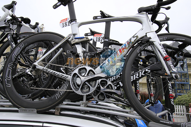 Marcel Kittel's (GER) Etixx-Quick Step Specialized Venge bike atop the team car before the start of Stage 3 of the 2016 Tour de France, running 223.5km from Granville to Angers, France . 4th July 2016.<br /> Picture: Eoin Clarke | Newsfile<br /> <br /> <br /> All photos usage must carry mandatory copyright credit (&copy; Newsfile | Eoin Clarke)