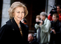 Oslo, 20061210. Nobel Fredspris, utdeling i Oslo RaA?a?dhus. Dronning Sofia av Spania ankommer.