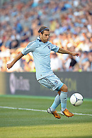 Graham Zusi (8) midfield Sporting KC in action..Sporting Kansas City and New England Revolution played to a 0-0 tie at LIVESTRONG Sporting Park, Kansas City, KS.