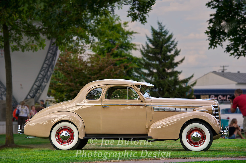 1938 Buick McLaughlin at the Langley Good Times Cruise-In