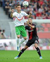 FUSSBALL   1. BUNDESLIGA   SAISON 2011/2012    2. SPIELTAG Bayer 04 Leverkusen - SV Werder Bremen              14.08.2011 Markus ROSENBERG (li, Bremen) gegen Oemer TOPRAK (re, Leverkusen)