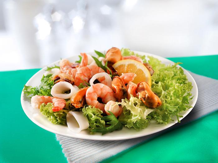 Seafood salad of prawns, mussels & calimari