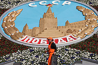 Moscow, Russia, 07/05/2010..A florist prepares a display in central Moscow for the  Victory Day celebrations.