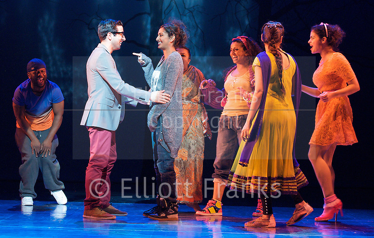 Wah! Wah! Girls<br />