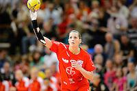 Laura Steinbach (TSV) wirft, zieht ab