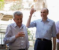 Prince Lorenz &  Ettore Rosboch von Wolkenstein, drink à la veille du mariage d'Amedeo - Rome
