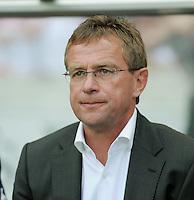 FUSSBALL   1. BUNDESLIGA  SAISON 2011/2012   1. Spieltag     06.08.2011 VfB Stuttgart - FC Schalke 04               Trainer Ralf Rangnick (FC Schalke 04)