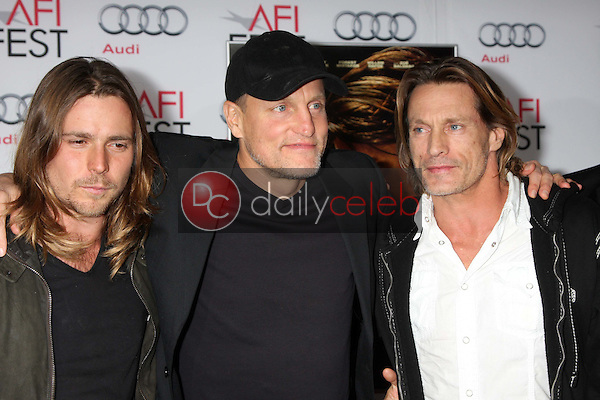 Woody Harrelson, Brett Harrelson<br />