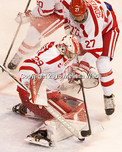 Jake Oettinger (BU - 29), Doyle Somerby (BU - 27) The Boston University Terriers defeated the visiting Yale University Bulldogs 5-2 on Tuesday, December 13, 2016, at the Agganis Arena in Boston, Massachusetts.