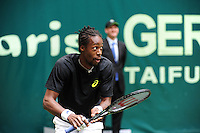 Gael Monfils playacting during the quarter final of the Gerry Weber Open 2013 at Gerry Weber Stadium in Halle (Westfalia), Germany on June 14, 2013. Photo: Miroslav Dakov