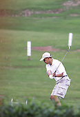 Honolulu, HI - December 21, 2008 -- United States President-elect Barack Obama stops off for a round of golf, near Kailua, Hawaii, USA, on Sunday, 21 December 2008. Obama and family are staying in Hawaii through the winter holidays before he takes office 20 January 2009..Credit: Kent Nishimura - Pool via CNP