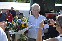 KAATSEN: WEIDUM: 23-08-2016, Kaatsen Dames PC, Henk Hempenius werd in de bloemetjes gezet, ©foto Martin de Jong