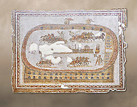 Late 2nd early 3rd century AD Roman mosaic depictiong a  chariot race at the circus. From Cathage, Tunisia.  The Bardo Museum, Tunis, Tunisia.