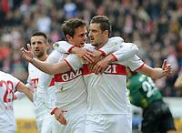 FUSSBALL  1. BUNDESLIGA  SAISON 2011/2012  29. Spieltag   07.04.2012 VfB Stuttgart - 1. FSV Mainz JUBEL Stuttgart; Zdravko Kuzmanovic (re) umarmt Martin Harnik