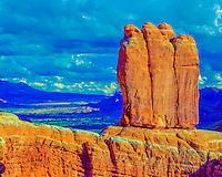 The Penguins, Arches National Park, Utah Entrada sandstone Moab, Utah beyond, Rock formations near park entrance