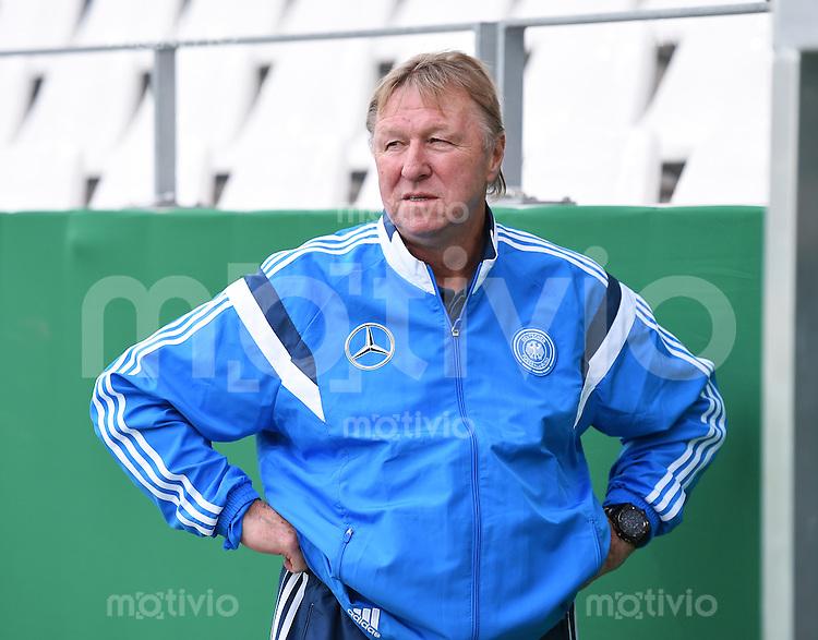 Fussball International Euro 2015 Quali Play-off-Rueckspiel U 21 in Essen 14.10.2014 Deutschland - Ukraine     DFB Trainer Horst Hrubesch (Deutschland)