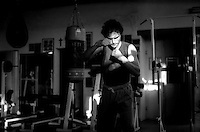 Davide Ciarlante  durante l'allenamento nella  palestra A.S. Calonna in preparazione  del match  contro l'americano  Keith Mullings per il titolo mondiale WBC dei superwelter