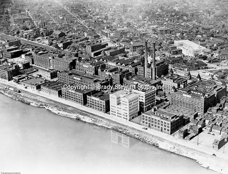 Pittsburgh PA:  View of the North Side of Pittsburgh and the HJ Heinz Plant - 1932. Photo retouching was alive and well during the 1930's as you can see with the reflection of Heinz's new building in the Allegheny River.