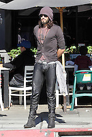 Russell Brand wants to become a yoga teacher - Los Angeles