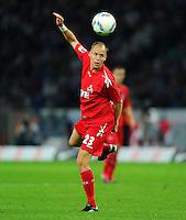 1. Oktober 2011: Berlin, Olympiastadion: Fussball 1. Bundesliga, 8. Spieltag: Hertha BSC - 1. FC Koeln: Koelns Kevin McKenna am Ball.