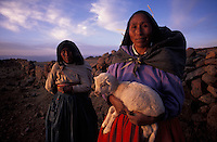 LIVING INCAS - images from award-winning book