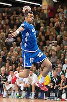 Vedran Zrnic (VFL) im Sprungwurf