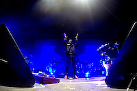 Cuernavaca, Morelos. 17 de Diciembres de 2015.-  Esta noche como parte de gira  'CT + Z'. Las bandas mexicanas Zo&eacute; y Caf&eacute; Tacvba se presentaron en la explanada del parque Beraka, ante m&aacute;s de 5 mil personas que disfrutaron el concierto por m&aacute;s de 2 horas y media de las &iacute;cono as bandas del rock mexicano. <br /> <br /> En la imagen el grupo Zo&eacute;.<br /> <br /> <br /> Fotos: No&eacute; Knapp
