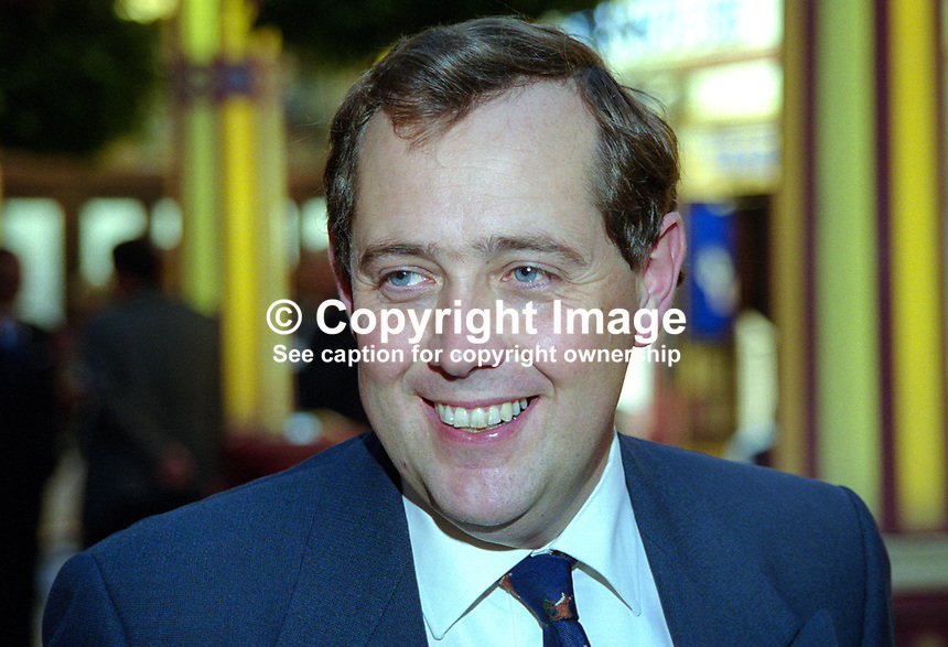 Peter Luff, MP, Conservative Party, UK, 199910050..Copyright Image from Victor Patterson, 54 Dorchester Park, Belfast, United Kingdom, UK. Tel: +44 28 90661296. Email: victorpatterson@me.com..For my Terms and Conditions of Use go to http://www.victorpatterson.com/Terms_%26_Conditions.html