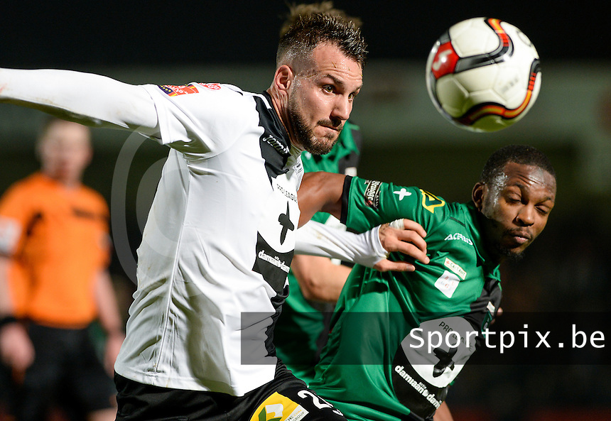 20161217 - ROESELARE , BELGIUM : Cercle's Amadou Tidiane Diallo (r) pictured in a duel with Roeselare's Mathieu Cornet (left) during the Proximus League match of D1B between Roeselare and Cercle Brugge, in Roeselare, on Saturday 17 December 2016, on the day 20 of the Belgian soccer championship, division 1B. . SPORTPIX.BE | DAVID CATRY