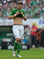 FUSSBALL   1. BUNDESLIGA   SAISON 2012/2013    32. SPIELTAG SV Werder Bremen - TSG 1899 Hoffenheim             04.05.2013 Sebastian Proedl (SV Werder Bremen) ist enttaeuscht