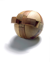 THREE DIMENSIONAL INTERLOCKING PUZZLE- SPHERE<br />