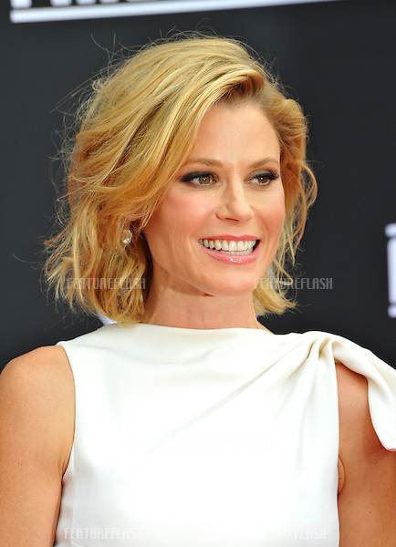 Julie Bowen at the world premiere of her movie Disney's &quot;Planes: Fire &amp; Rescue&quot; at the El Capitan Theatre, Hollywood.<br /> July 15, 2014  Los Angeles, CA<br /> Picture: Paul Smith / Featureflash
